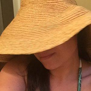 Tommy Bahama floppy, woven sun hat